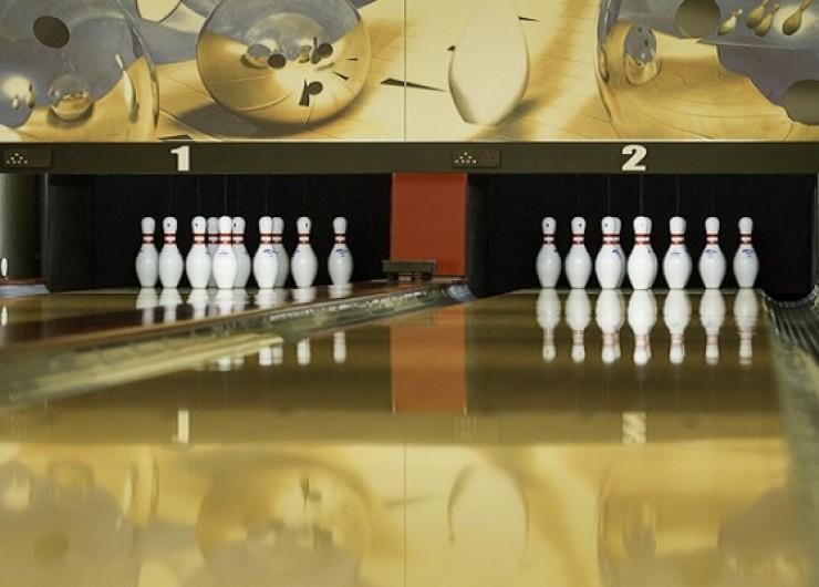 Bowling a bar v Kaštieli Mojmírovce